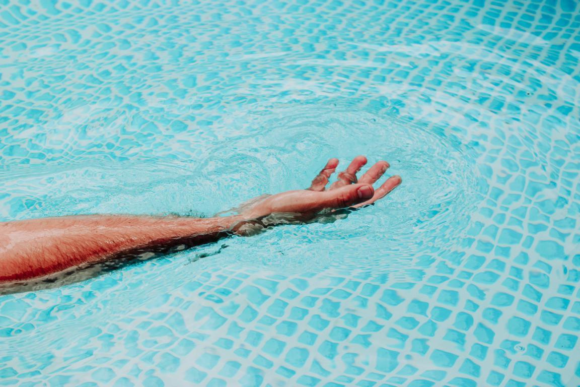 Réparation piscine - pompe de filtration - Piscine Soleil Service 06