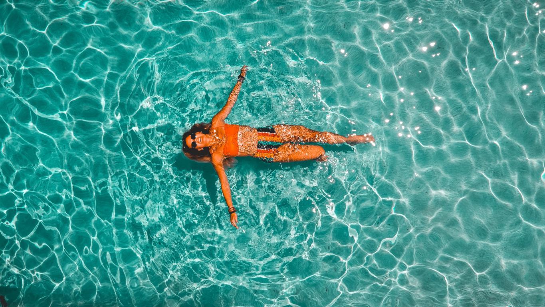 Revetement de piscine sur mesure polyester mosaique - Magasin Piscine Soleil Service Nice